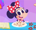 Minnie Cookie Baking